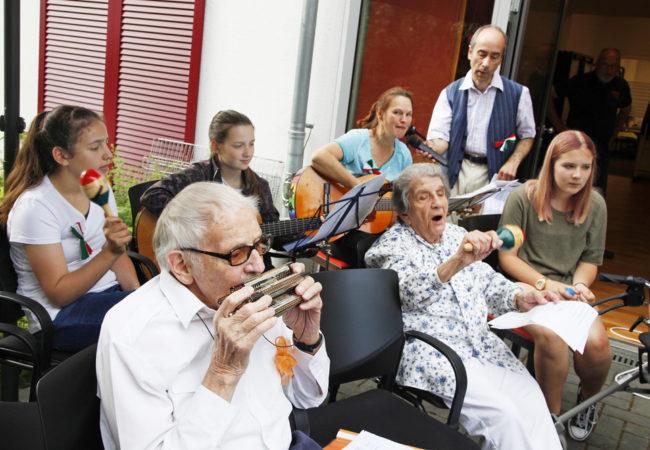 Sommerfest: Von Dissen nach Italien